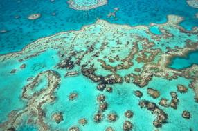 澳洲醇酒美景外堡礁五星纯玩8天之旅【深起港止/摩尔外堡礁】