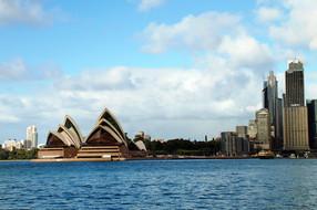 澳洲/黄金海岸/摩尔外堡礁8日游【布里斯本/黄金海岸直升机/香港往返】