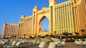 【樂園親子游】迪拜5晚6天半自助【 迪拜樂園酒店 中心五星/贈迪拜市區游 迪拜塔觀光/接送機服務】
