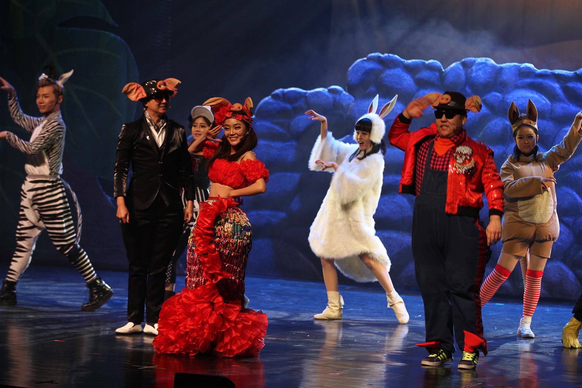 《麻雀与小孩》情景剧童话剧儿童剧表演艺术教育