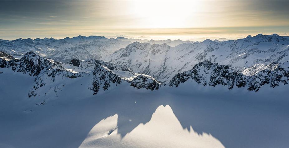 奥地利 阿尔卑斯北部之巅 奥茨山谷纯滑之旅