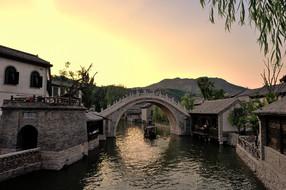 北京古北水镇大酒店豪华双床房1晚2日【七夕抢购:即日-8月24日】