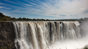 津巴布韦赞比亚博茨瓦纳11日游【横跨两国的维多利亚大瀑布 水陆空全方位游览奥卡万戈三角洲】
