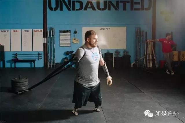 现实世界的机甲战士 | 失去四肢的美国大兵重新奔跑