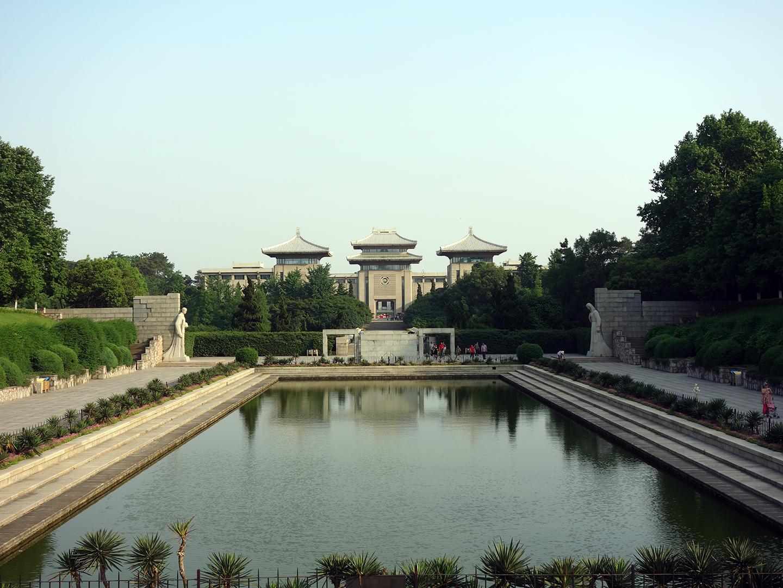 【爆款】华东:南京/杭州/苏州/上海5日游【双高/西湖/鼋头渚/大如意圣境】