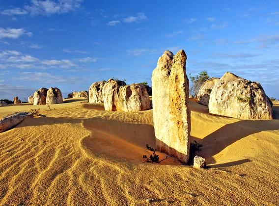 【粉紅仙境】澳大利亞悉尼+西澳粉紅湖6晚9天半自助【打卡粉紅湖/游覽世界自然之窗卡爾巴里/漫步外星球尖峰石陣】