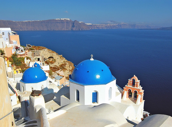 【情定愛琴海】希臘7晚9天半自助【圣島4星懸崖酒店/往返船票/機場及港口接送】