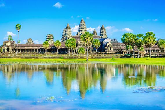 柬埔寨吴哥包机4晚6天深度豪华游,《全程五星豪华泳池酒店》/吴哥三日劵/全程高餐标用餐