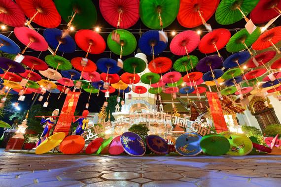 【双城记】泰国清迈清莱7日游【直飞/升级国际五星度假村/夜间动物园/泰囧庙/双龙寺/大象营/黑白蓝庙/双夜市/特色体验放水灯】